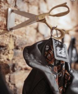 coat hook made from scissors
